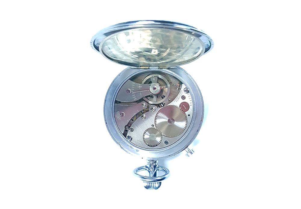 Chronomètre HEUER S.A.V.I.C ref. 918 dec --- calibre --- ikonicstopwatch.com --- web version