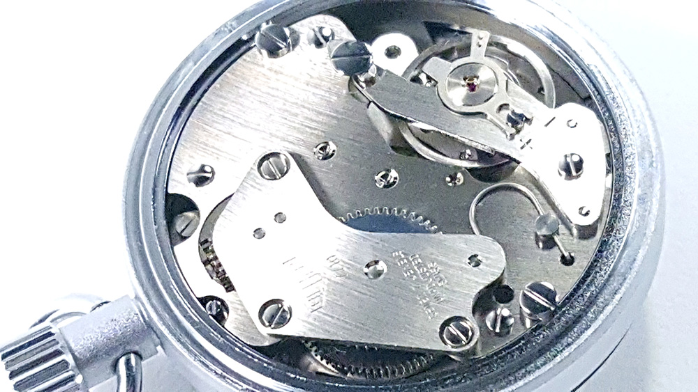 Stopwatch HEUER ref. 503.202 - JS version --- caliber 7710 --- ikonicstopwatch.com --- web version
