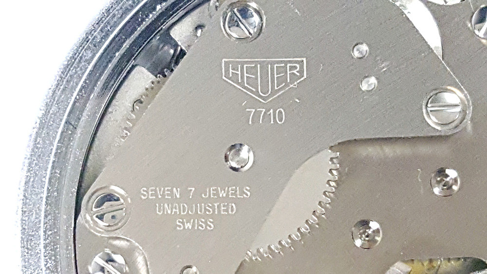 Stopwatch HEUER ref. 503.202 - JS version --- caliber 7710 (close up on the barrel bridge) --- ikonicstopwatch.com --- web version