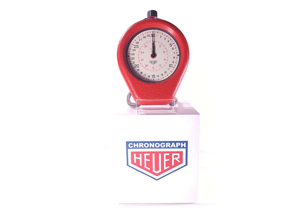 Stopwatch HEUER ref. 503.202 - JS version --- wide shot--- ikonicstopwatch.com --- web version