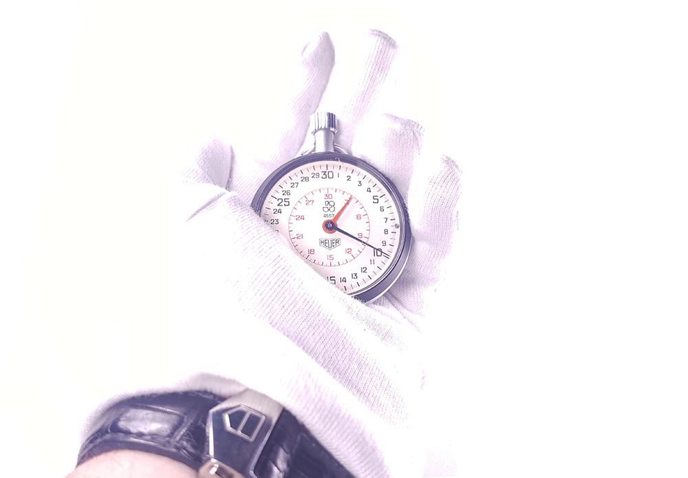 Stopwatch HEUER ref. 503.202 - JS version --- hand held --- ikonicstopwatch.com --- web version