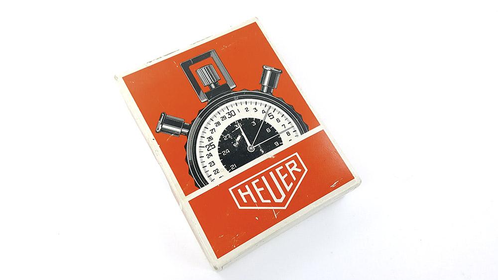 Chronomètre HEUER-LEONIDAS ref. 403.914 - rowing --- boite vue de haut--- ikonicstopwatch.com --- web version