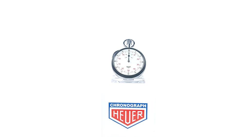 Stopwatch HEUER-LEONIDAS ref. 401.204 --- wide shot--- ikonicstopwatch.com--- web version