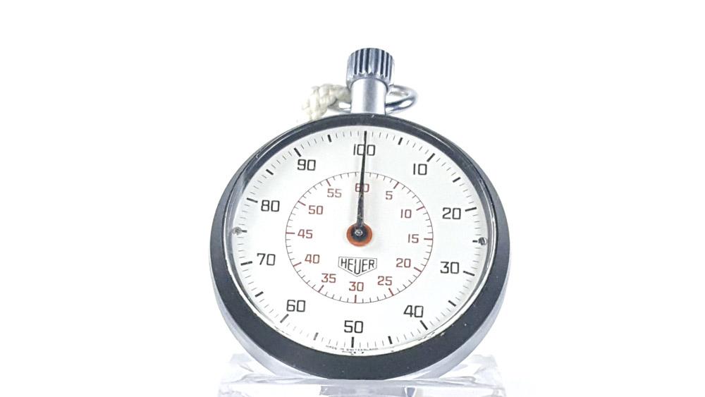 Stopwatch HEUER-LEONIDAS ref. 503.213 --- close-up shot --- ikonicstopwatch.com