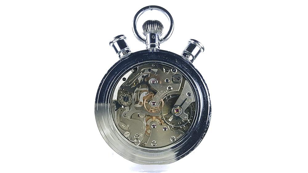 Chronomètre HEUER-LEONIDAS ref. 572 --- calibre Valjoux 57 --- ikonicstopwatch.com