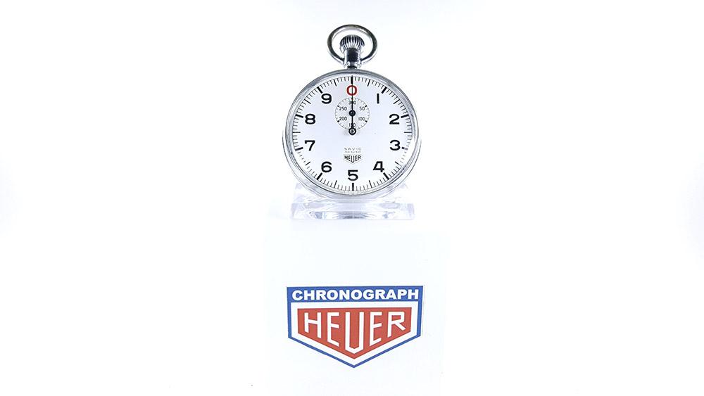Stopwatch HEUER ref. 906 Vis/300 sec.(S.A.V.I.C version) --- wide shot --- ikonicstopwatch.com