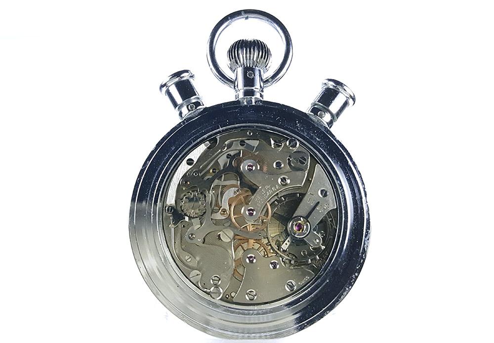 Chronomètre HEUER-LEONIDAS ref. 572 --- calibre Valjoux 57 (couverture) --- ikonicstopwatch.com