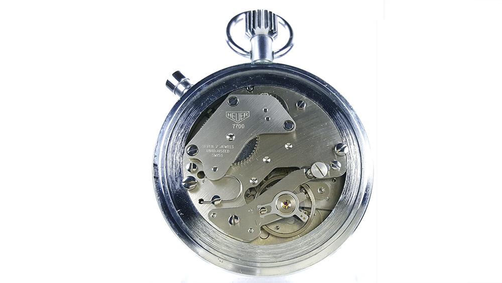 Stopwatch HEUER tachymeter ref. 408.417 --- caliber 7700 --- ikonicstopwatch.com