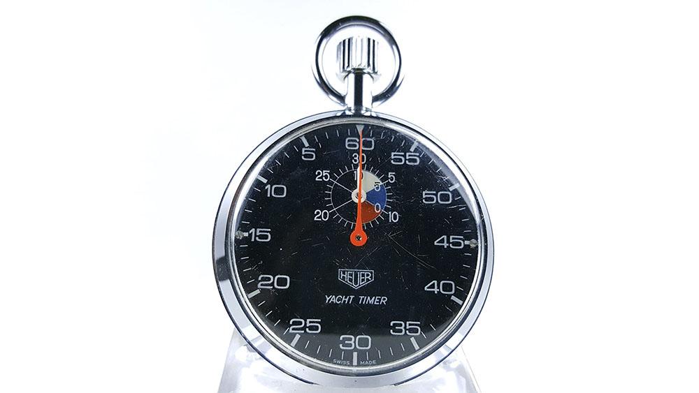 Stopwatch HEUER yacht timer (black dial) ref. 603.615 --- close-up shot --- ikonicstopwatch.com