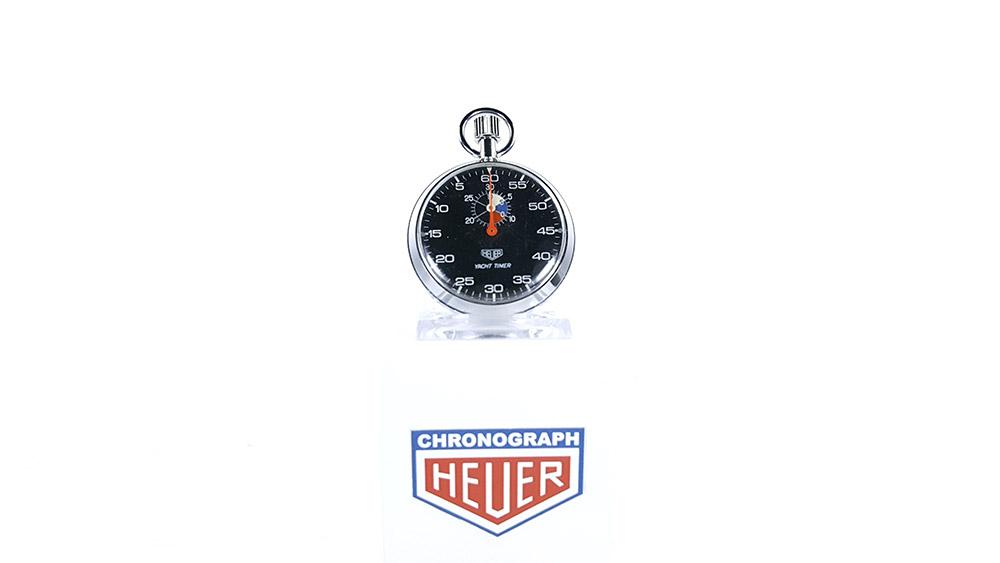 Stopwatch HEUER yacht timer (black dial) ref. 603.615 --- wide shot --- ikonicstopwatch.com