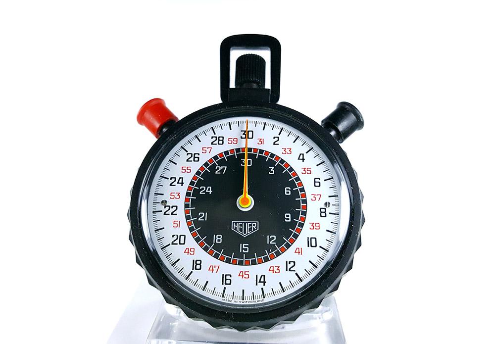 Stopwatch HEUER-Leonidas 512.902 (rattrapante) --- close-up shot (cover) --- ikonicstopwatch.com