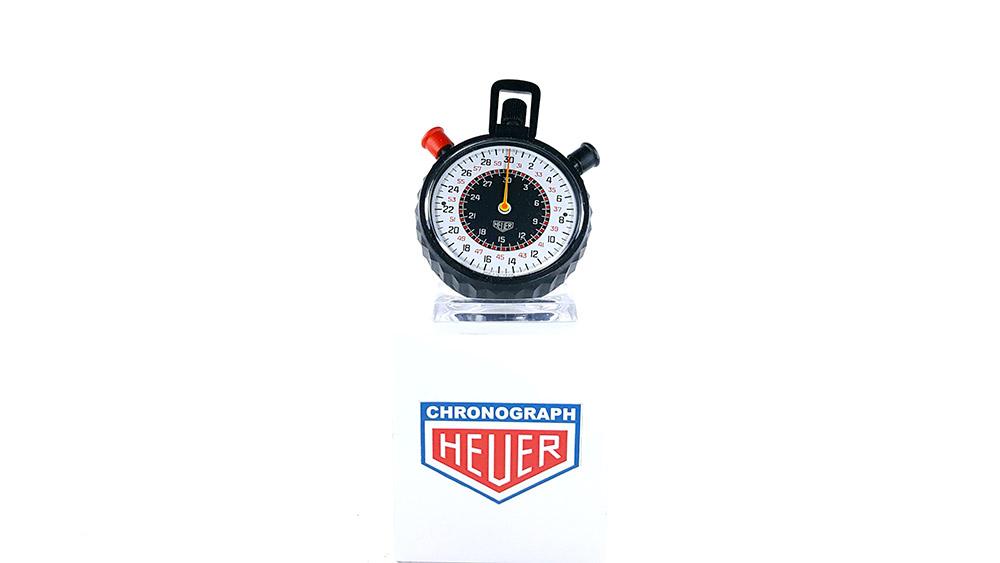 Stopwatch HEUER-Leonidas 512.902 (rattrapante) --- wide shot --- ikonicstopwatch.com