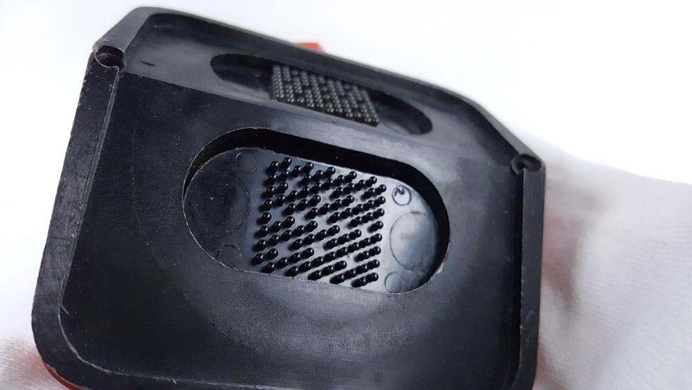 Stopwatch HEUER-Leonidas ref. 804.901 roadmaster vintage --- case back --- ikonicstopwatch.com