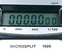 Stopwatch HEUER-Leonidas microsplit 1020 vintage --- lcd screen detail --- ikonicstopwatch.com