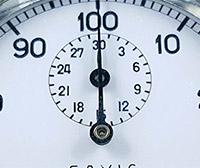 Vintage stopwatch HEUER ref. 913 --- hands detail --- ikonicstopwatch.com