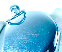 Vintage stopwatch HEUER ref. 918 dec. --- zoom on the case --- ikonicstopwatch.com
