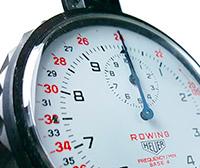 Vintage stopwatch HEUER-Leonidas ref. 403.914 (rowing) --- zoom on the case --- ikonicstopwatch.com