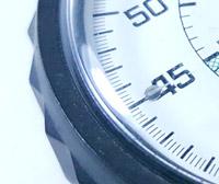 Vintage stopwatch HEUER-Leonidas ref. 502.907 (allsporst) --- zoom on the case --- ikonicstopwatch.com