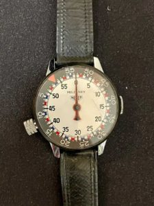 Stopwatch HEUER military --- credit igloe