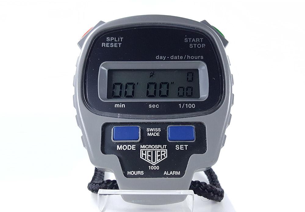 Vintage HEUER-Leonidas stopwatch microsplit ref. 1000 --- close-up shot --- ikonicstopwatch.com