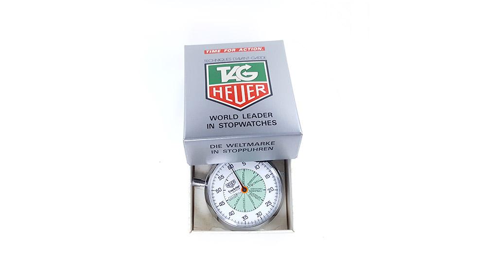 Chronomètre vintage HEUER ref. 653.302 trackstar (allsports) --- boite ouverte --- ikonicstopwatch.com